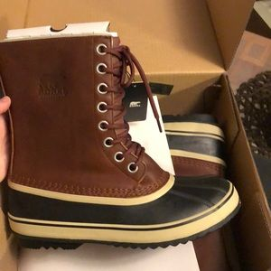 BRAND NEW WITH TAGS! Sorel boot size 10